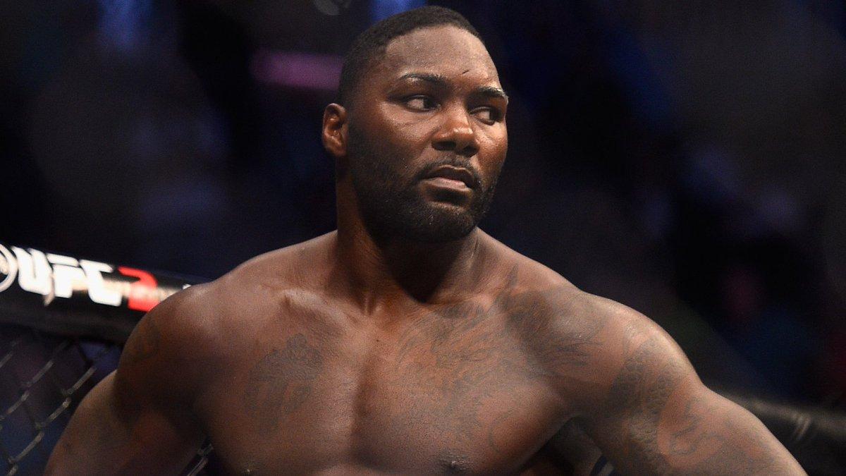 Resultado de la pelea estelar de la UFC 210